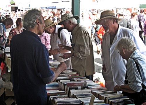 This second-hand bookstall has always been my favourite part of the Fair. Good books and very cheap.