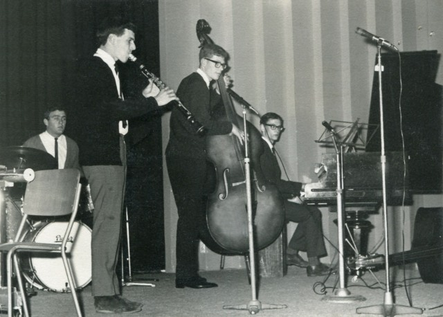 Massey Swing Quartet, playing at the 1966 NZ Universities Arts Festival jazz concert, which I organised. Left to right: Vaughan Bryant, Ken Cottier, Lindsay Savell, John MacGibbon.