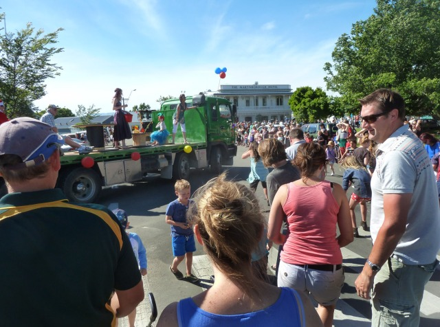 The floats were anything but fancy, but a good time was had by their participants, local businessed got a plug and all the kids got plenty of lollies.
