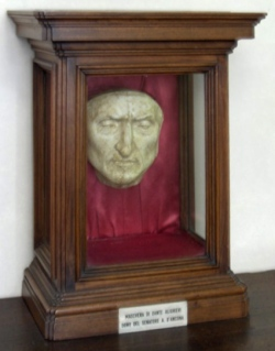 Dante's death mask, held in the Palazzo Vecchio, had a key role in the plot.