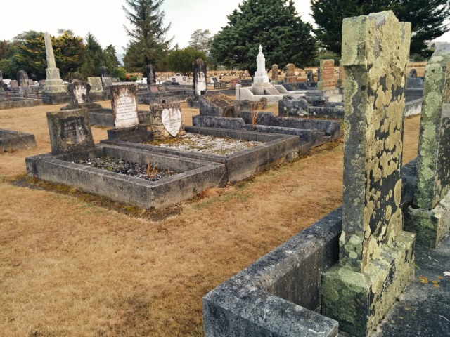 Martinborough-Cemetery---the-old-side