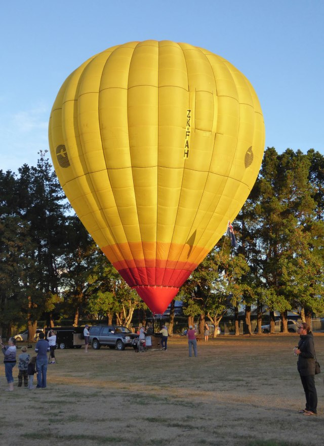 Martinborough-balloons-08