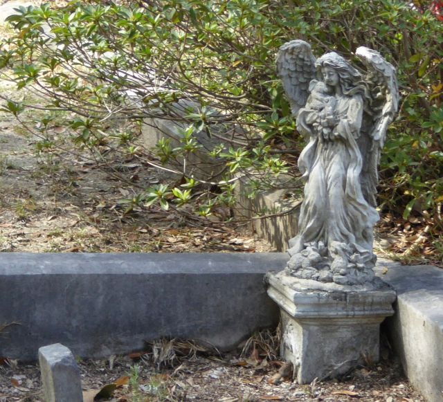 Bonaventure Cemetery angel Savannah